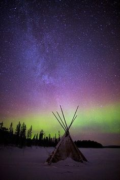 photography landscape stars northern lights nature scenery Aurora europe finland aurora borealis teepee Lapland evts evfeatured The Aurora Zone Foto Nature, All Nature, Science And Nature, Colors Of The World, Beautiful Sky, Beautiful World, Beautiful Pictures, Aurora Borealis, Photo Elephant