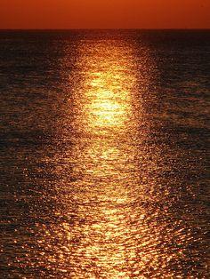Golden Ocean - Buenos Aires by Ignacio Sanz                                                                                                                                                      Más