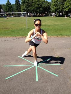 awesome Favourite Balance Exercise: The Star Balance Balance Exercises, Ankle Exercises, Everyday Workout, Athletic Training, Roller Derby, Roller Skating, Physical Therapy, Get In Shape, Back Pain