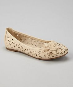 Classically sweet, these cutout flats are the best ensemble base. Feet will slip in easily and look totally trendy with a pair of footwear that never quits being stylish. Ballerina Shoes, Ballet, Leather Design, Footwear, Pairs, Beige, Stylish, Lady, Boots