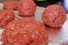 Receita fácil de hambúrguer - depois dessa você nunca mais vai comprar hambúrguer industrializado.