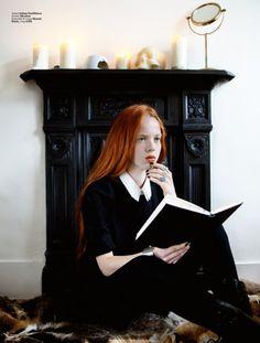 Ed.  The Little Witch Of Greenwich Fotografía y dirección de arte: Fhana Knizova Styling:Lucia Hajnikova Maquillaje:  Misa Ko Modelo:  Dasha