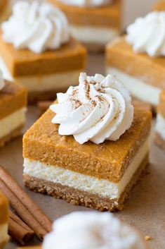 These Layered Pumpkin Pie Cheesecake Bars from Life Made Simple are full of delicious fall spices! They've got a soft graham crack crust, a layer of creamy cheesecake, and a layer of pumpkin pie on to (Baking Desserts Simple) Oreo Dessert, Pumpkin Dessert, Dessert Recipes, Snack Recipes, Bar Recipes, Health Recipes, Mini Desserts, Fall Desserts, Best Thanksgiving Desserts