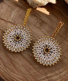 Jewelry Knots, Bead Jewellery, Bead Earrings, Beaded Jewelry, Beaded Bracelet Patterns, Jewelry Patterns, Handmade Wire Jewelry, Earrings Handmade, How To Make Earrings