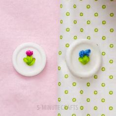 Why You Should Stick Pins In Soap (And Other Sewing Hacks) – Page 2 – Crafty House Easy Sewing Projects, Sewing Hacks, Sewing Tutorials, Sewing Crafts, Sewing Patterns, Sewing Ideas, Sewing Tips, Hand Embroidery Videos, Hand Embroidery Designs