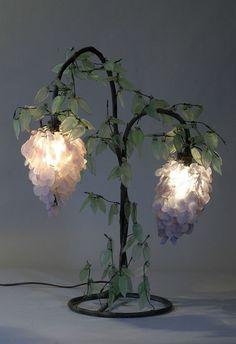 eyesaremosaics:  Antique Tiffany lamp   I need this