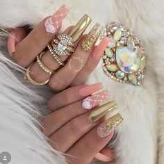 Nails by my boo @customtnails1 using glitters from my Jewelz Collection  I absolutely adore her work go check her out and support  @customtnails1