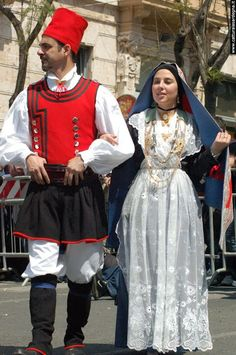 Sardinian Costume   The city of Cagliari has its own distinctive costume.