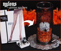 turn a clear glass cylender into hallowen decor!