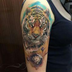 Photo real tiger by Laura Juan