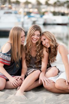 My Blog | Senior Girls Best Friends Shoot | http://www.sisterleephotography.com