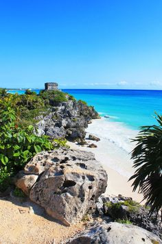 What to do in Tulum with TravelGuide.City, you find more than top ✅ ten attractions and cheap things to do in Tulum in our website. Lanai Island, Island Beach, Tulum Mexico, Beach Photography Friends, Scenery Photography, Night Photography, Landscape Photography, Bora Bora Activities, Jamaica Vacation