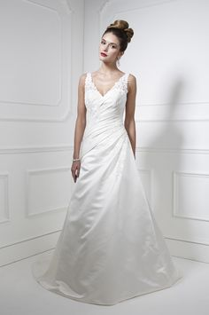 Kelsey Rose #weddingdress