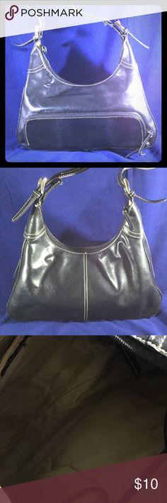 "❤️Nine West bag❤️💝💞 Black Nine West bag leather like material 12x9x3.5"" zip 🤐 to close.inside pockets,good condition Nine West Bags Satchels"