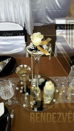 Art Deco Fashion, Table Settings, Style, Swag, Place Settings, Outfits, Tablescapes