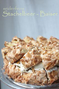 seidenfeins Blog vom schönen Landleben: Stachelbeeren mit Baiser ! Gooseberries with meringue! Easy Cake Recipes, Baking Recipes, Lush Cake, Fudge, Chocolate Cake Recipe Easy, Meringue, No Bake Desserts, Coffee Cake, No Bake Cake