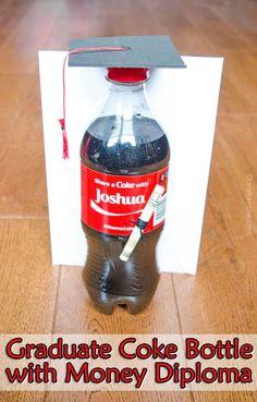 Share a Coke with a Graduate: Coke Bottle Graduation Gift Tutorial #ShareAtSchnucks AD @cocacola @schnuckmarkets