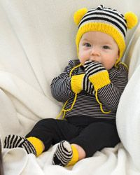 Diy Crochet And Knitting, Knitting For Kids, Baby Knitting, Crochet Baby, Baby Outfits Newborn, Baby Boy Outfits, Kids Outfits, Best Baby Socks, Baby Shower Souvenirs