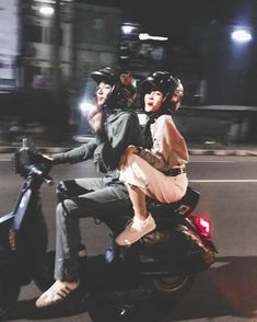 Aesthetic Photo, Aesthetic Girl, Besties, Bff, Ulzzang Couple, Best Couple, Vespa, Jaehyun, Couple Goals