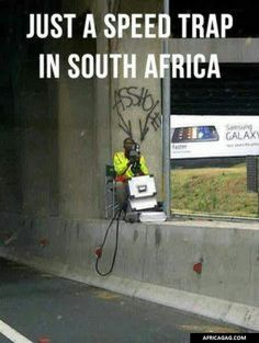 31 Pictures That Prove South Africa Is The Craziest Place On Earth African Memes, African History, African Quotes, Out Of Africa, New South, Beautiful Places To Visit, Funny Signs, 6 Years, Funny Photos
