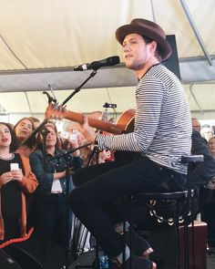 June Niall doing Slow Hands promo in Sweden Best Song Ever, Best Songs, Niall Horan 2017, One Direction Singers, Niall And Harry, King Of My Heart, Falling In Love With Him, For Your Eyes Only, James Horan