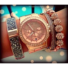Rose Gold! Love this wrist watch with   matching bracelets! Absolutely beautiful!