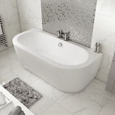Wickes Blend D - Shaped - Double Ended Bath - x Small Bathroom With Shower, Bathroom Red, Attic Bathroom, Large Bathrooms, Luxurious Bathrooms, Bathroom Tubs, Bathroom Ideas, Bathroom Accessories Luxury, Bathroom Design Luxury