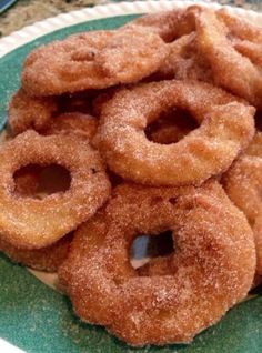 Homemade Crispy Apple Fritter Rings Using Pancake Mix. Something healthy to try as Memorial Day dessert. Just Desserts, Delicious Desserts, Dessert Recipes, Yummy Food, Tasty, Apple Desserts, Summer Desserts, Polish Desserts, Cake Recipes