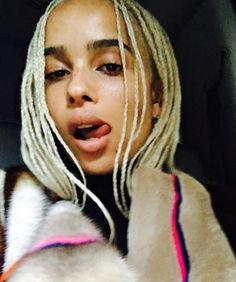 Can't get enough of Zoe Kravitz blonde hair!