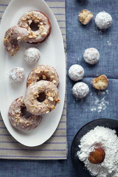 Gluten Free Maple Glazed Donuts: I can usually say no to donuts, but I'd give in gladly for these.