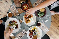 朝食, 食品, 食べること, 食事, コーヒー, 朝, レストラン, 健康, テーブル, プレート, トースト