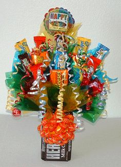 Learn how to make candy bouquets – Candy Bouquet Designs books. Start Candy Bouquet and Gift Basket Busin Learn how to make candy bouquets – Candy Bouquet Designs books. Start Candy Bouquet and Gift Basket Business or Do it for a hobby! Gift Bouquet, Candy Bouquet, Birthday Candy, Birthday Gifts, 30th Birthday, Craft Gifts, Diy Gifts, Chocolates, Candy Arrangements