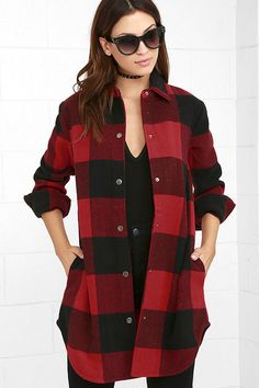 Your favorite flannel just got upgraded to a coat ... the BB Dakota Olive Red Plaid Coat to be exact! Medium-weight, wool-blend fabric constructs a collared neck atop a straight-cut, oversized bodice with a full snap button placket. Long sleeves have snap button cuffs. Hidden side-seam pockets.