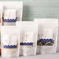 Plastic Bag Packaging, Vacuum Packaging, Pouch Packaging, Cookie Packaging, Cute Packaging, Food Branding, Food Packaging Design, Packaging Design Inspiration, Fish Snacks