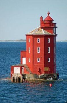 Kjeungskjaer Lighthouse - Norway by echkbet