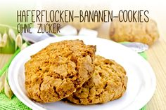 Kekse ohne Zucker – Leckere Haferflocken-Bananen-Cookies You are looking for a recipe for biscuits without sugar? Try our delicious oatmeal banana cookies. Low Carb Desserts, Cookie Desserts, Cookie Recipes, Dessert Recipes, Healthy Snacks For Kids, Healthy Sweets, Healthy Baking, Banana Cookie Recipe, Banana Oatmeal Cookies
