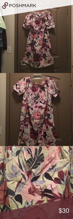 New with Tags off the shoulder shift dress From loft Factory. Off the shoulder shift dress. Wear off the shoulders or on. Great to pair with boots for the fall. LOFT Dresses