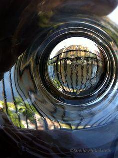 http://www.eteletours.com/EZINE/reflections-glass1.jpg