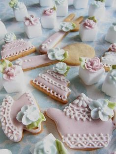 For tea time - iced cookies and decorated sugar cubes
