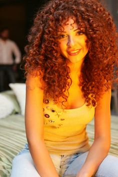 Myriam Fares wow her hair i want it !! Perfection