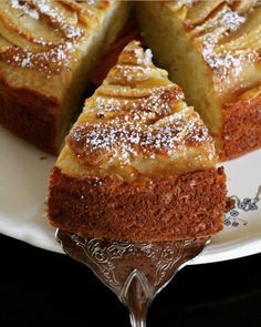 Le Gâteau aux Pommes et Mascarpone Casserole & Chocolat Apple Recipes, Sweet Recipes, Cake Recipes, Dessert Recipes, Mascarpone Cake, Mascarpone Recipes, Köstliche Desserts, Plated Desserts, Food Cakes