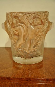 MARC LALIQUE GANYMEDE CHAMPAGNE BUCKET CIRCA 1950, More Informations...