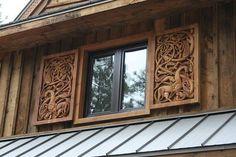window  TRABAJO DE LA MADERA AL ESTILO VIKING .EN LA ACTUALIDAD MUY BONITO  ..................