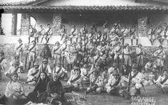 A unit of Federal artillerymen pose during the Mexican Revolution. (Alejandro de Quesada Historical Archives)