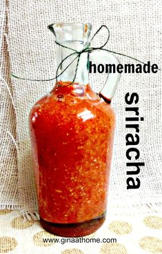 How to make homemade Sriracha hot sauce. We love sriracha and this was so easy and so fun. And it's easy to change - I make it a little sweeter for my daughter and kind of hot for my son and my husband. Visit Sriracha Box Now! Sriracha Recipes, Hot Sauce Recipes, Sriracha Sauce, Garlic Sauce, Chutney, Mayonnaise, Pesto, Food Storage, Homemade Sauce