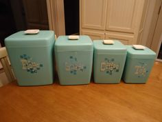 Set of 4 Vintage 1950's - 60's Retro TURQUOISE Nesting CANISTER SET Lustro Ware