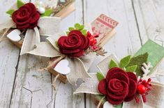 scrapbooking idea for altered clothespin ♥ Christmas Love, Christmas Crafts, Christmas Decorations, Christmas Ornaments, Felt Crafts, Diy And Crafts, Paper Crafts, Felt Flowers, Fabric Flowers