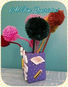 Lapicero o macetita para Patry, adornado con utiles escolares