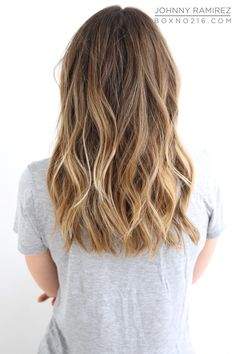 BEAUTIFUL SUN-KISSED HIGHLIGHTS. Hair Color by Johnny Ramirez • IG: @johnnyramirez1 • Appointment inquiries please call Ramirez|Tran Salon in Beverly Hills at 310.724.8167.