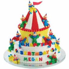 Everyone will want to Come Join This Circus! Figure-piped icing clown are lounging around the big top on this crowd-pleasing birthday cake. (Adjust the number of servings by adding, or subtracting, the number of white-iced bottom cakes used. Carnival Cakes, Circus Cakes, Carnival Parties, Carnival Costumes, Clowns For Birthday Parties, Carnival Birthday, Birthday Cakes, Wilton Cake Decorating, Cake Decorating Tools